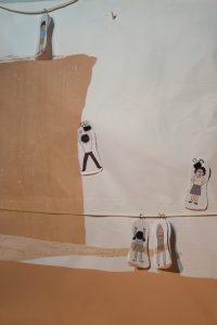 紙を使った創意工夫の演出